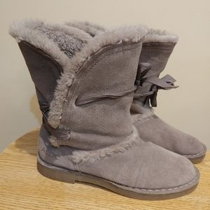 Aldo suede leather upper snow boots size 37/6.5-7 gray